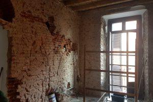 casa da ristrutturare